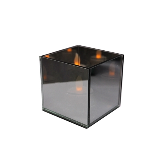 Picture of Glass Tealight Holder - 8 x 8 Cm