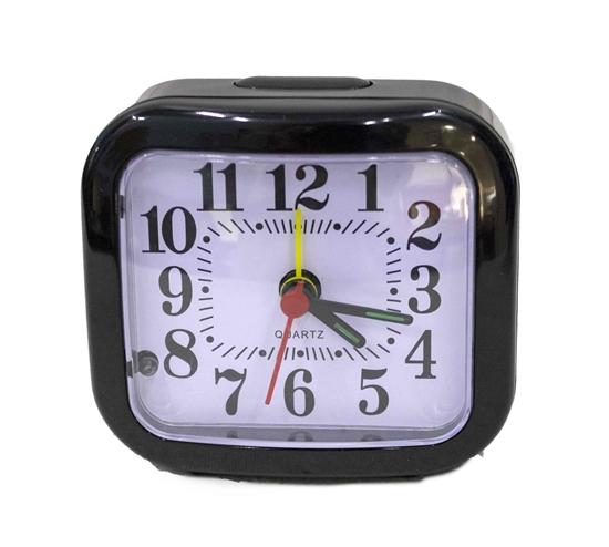 صورة ساعة منبه مربعة الشكل