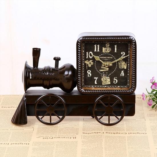 صورة Train Table Clock - 27 x 21 Cm